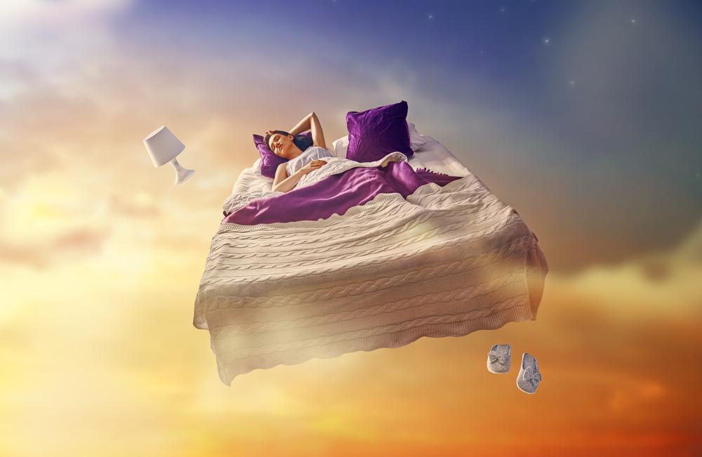 لماذا يحلم الإنسان أثناء النوم؟