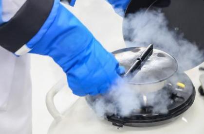 ما هو غاز النيتروجين وكيف يصنع ؟